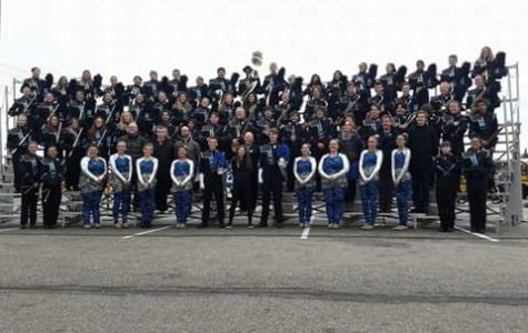 The entire EHS marching band poses after their 3rd place finish.