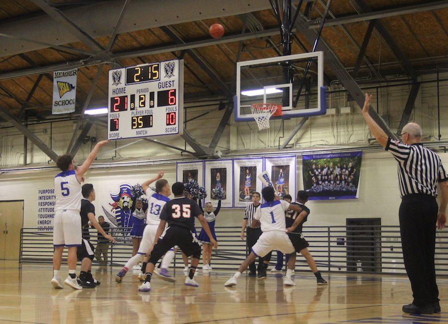 Varsity basketball team is 3-1 on the season.