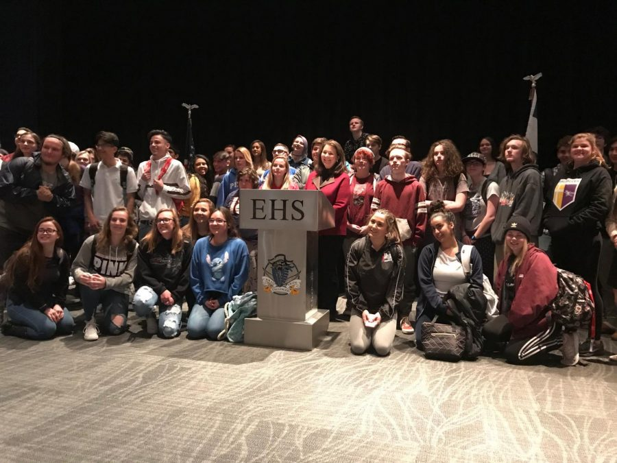 Students bend the ear of their voice in Washington