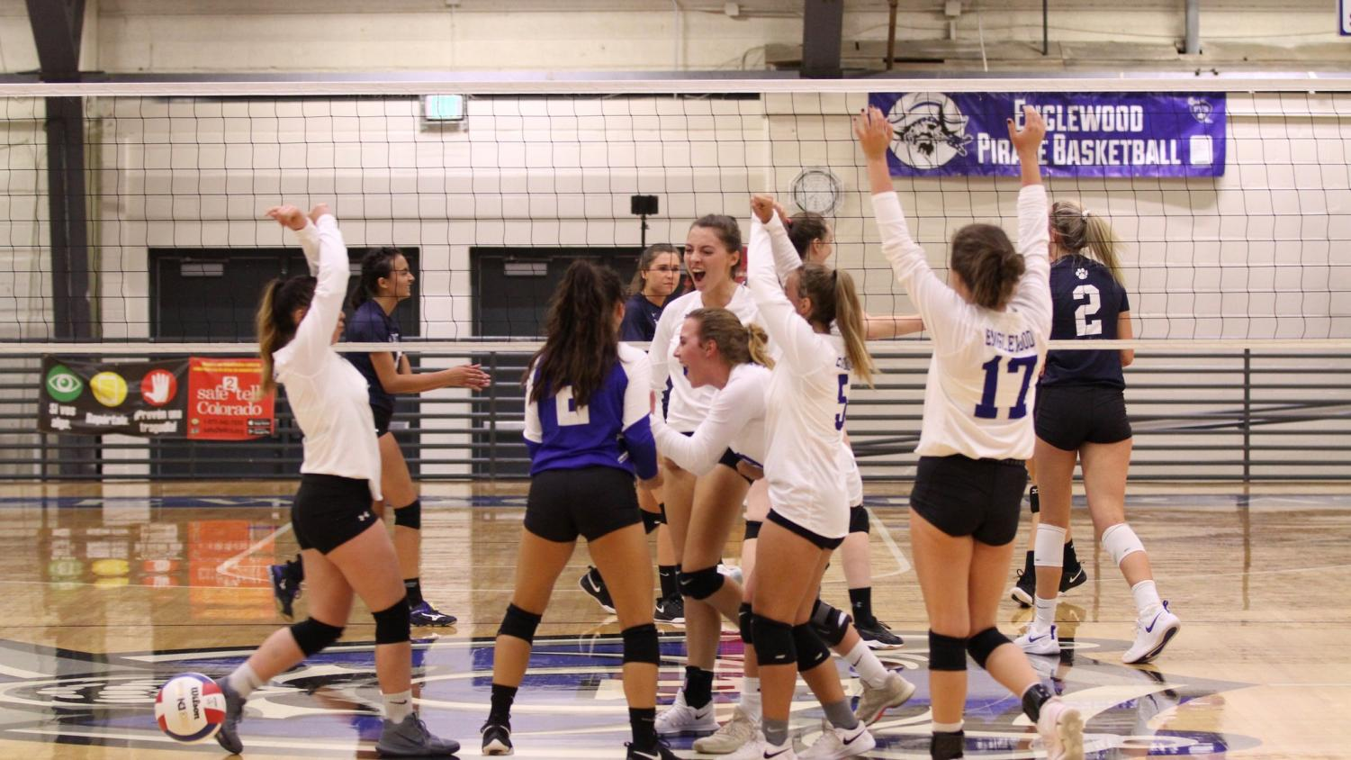 Hainey+is+the+setter+for+the+varsity+team.+